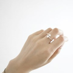 SV925. DOUBLE HEART CUBIC RING