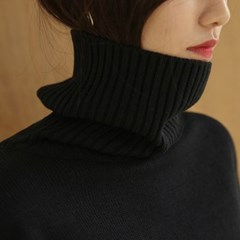 long sleeveless turtleneck knit