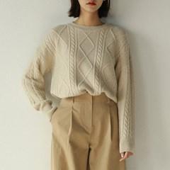diamond pattern round knit