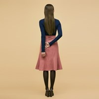Mermaid Line Skirt in Pink