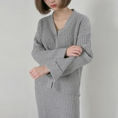 Golgi v-neck knit set