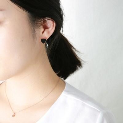 오닉스 하트 귀걸이