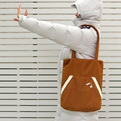 Kangaroo pocket bag _ Camel
