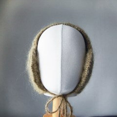[하우즈쉬나우] 한겨울의 프로방스- 카키 이어워머 (귀도리)