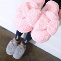 kami et muse Over ribbon fur slippers_KM17w279