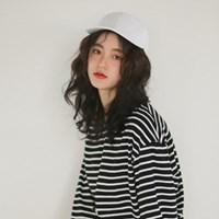 black n white ball cap