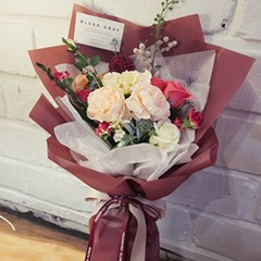 블로썸 버건디 꽃다발