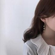 Flower pearl earring (진주 드롭 귀걸이)