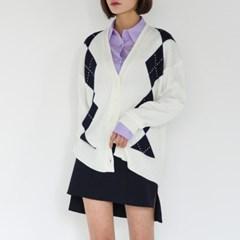 v-neck argyle knit cardigan