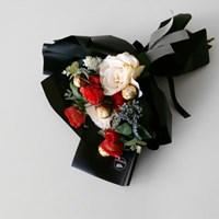 화이트데이 뷰티 로즈&초콜릿 블랙 꽃다발