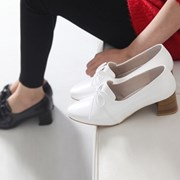 kami et muse 5cm middle heel ribbon pumps_KM18s061