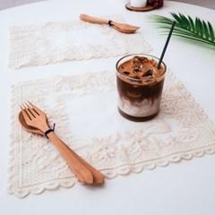 사각 프렌치 레이스 테이블 매트