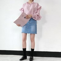 Feminine frill blouse