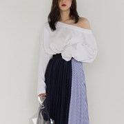 loose fit off-shoulder tee