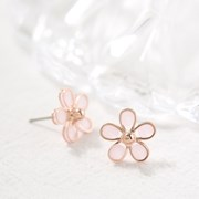 핑크 벚꽃 귀걸이