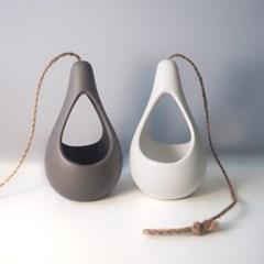 rain drop-물방울행잉화분+수염틸란드시아 or 박쥐란