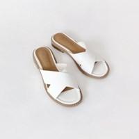 Front cross slipper