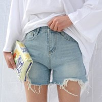 Light color denim short pants