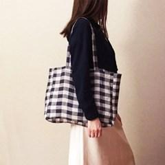 violet and white plaid shoulder bag