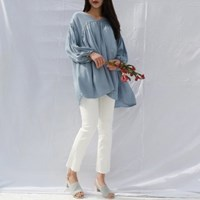 V-neck feminine blouse