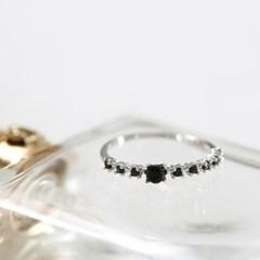 블랙 가든 반지