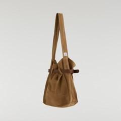 LEATHER BELT BUCKET BAG