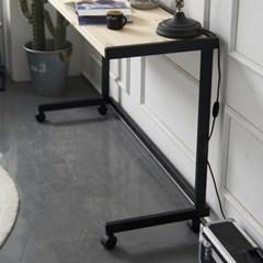 센트럴 레드파인원목 스틸 테이블 600 블랙_(1614114)