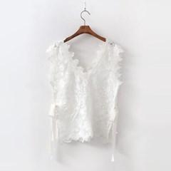 Rosa Lace Vest