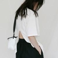 [치즈달] 백 슬릿 코튼 티셔츠