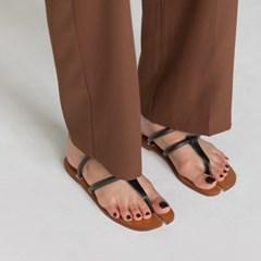 unique shape strap sandal