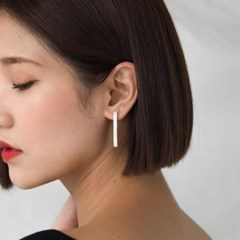 simple square bar earring