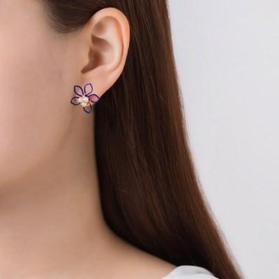 진주 컬러 꽃 라인 귀걸이