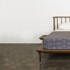 D8 디스트릭트 침대