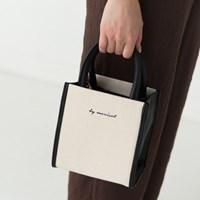 lettering square shape bag