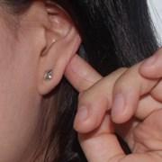 ES-9 Earring