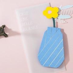 책상 위 꽃 한송이 -입체카드