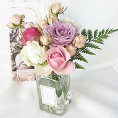 [기본 화병] 꽃의 시간을 함께하는 사각 화병