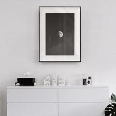 미니멀리즘 블랙앤화이트 하프문 대형액자 GBW23-60x80
