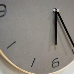 물방울 모양 원목 벽걸이 시계