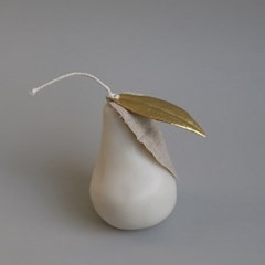 SHAPE CANDLE _ PEAR _ ivory
