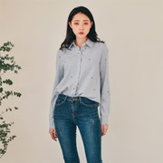 허니펀치 꽃자수 기모셔츠