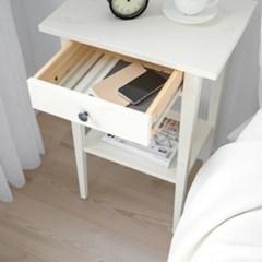 이케아 HEMNES 침대 사이드 테이블/협탁