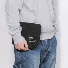 SIGNATURE LOGO POUCH-BLACK