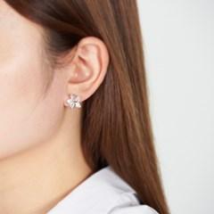 벚꽃 화이트 귀걸이