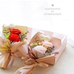 조화 폼폼 카네이션 로즈 비누꽃 미니 꽃다발 박스_(1942248)