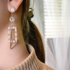 레이디스 진주 크리스탈 티타늄 귀걸이