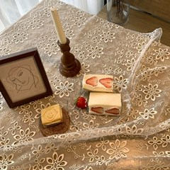Blossom Lace Mat