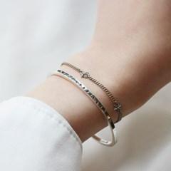 Serial number bracelet