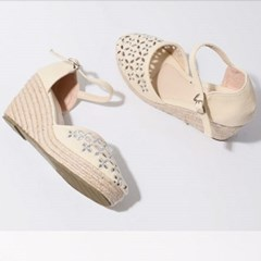 kami et muse Punching embroidery wedge heel sandals_KM19s112