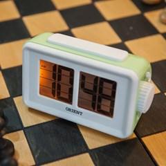 오리엔트 OT1561 플립형 스누즈알람 라이트 디지털시계_(1572555)